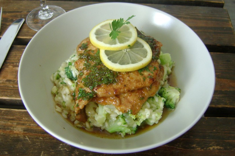 Scaloppine al limone con broccoli risotto