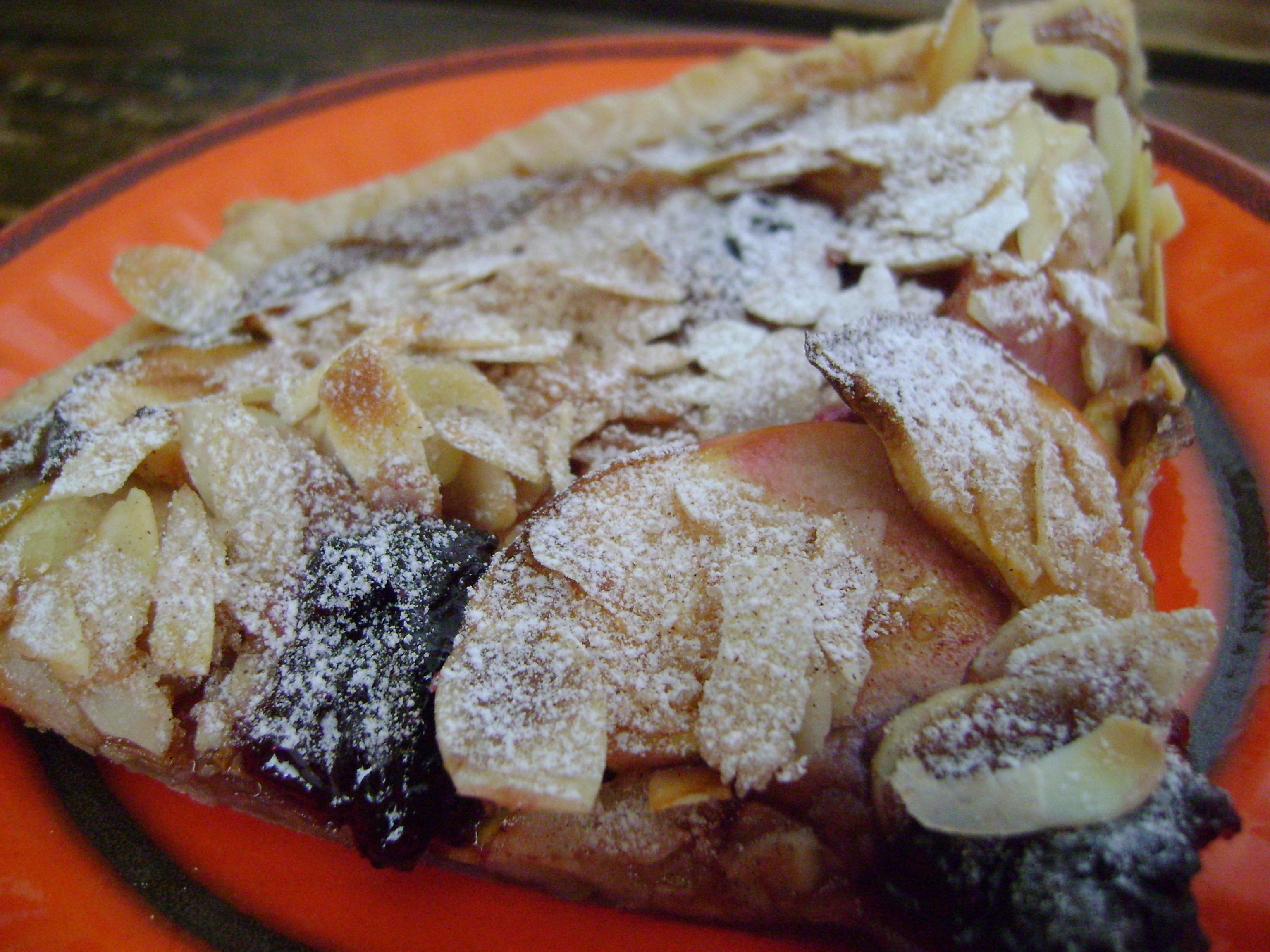 Platte appeltaart met kastanjepuree, hoofd